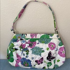 Nearly new VERY BRADLEY purse 👛 or shoulder bag